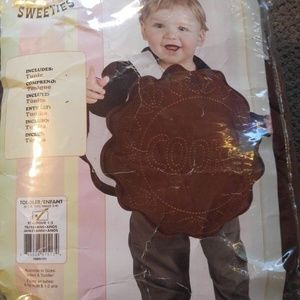 Other - 2-4 Creamy Cookie Costume